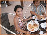 Playa Uvas kids