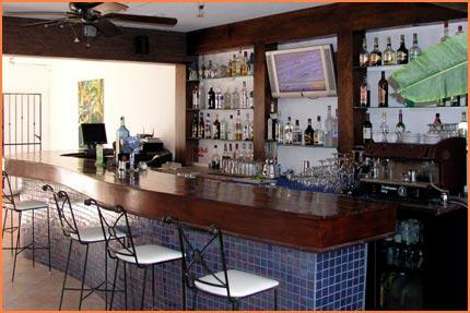 Cozume hotel bar
