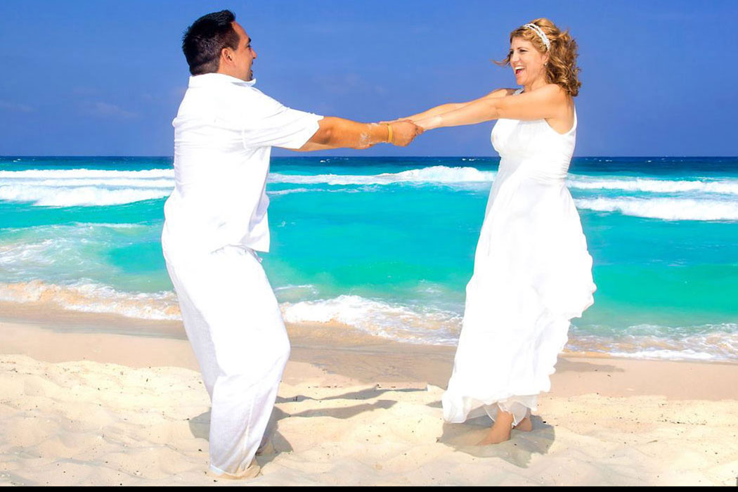 New Budget Beach Wedding Or Vow Renewal - This is Cozumel